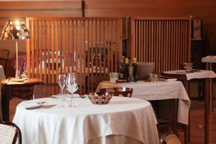 stolen @ http://www.ristoranteduespade.it/